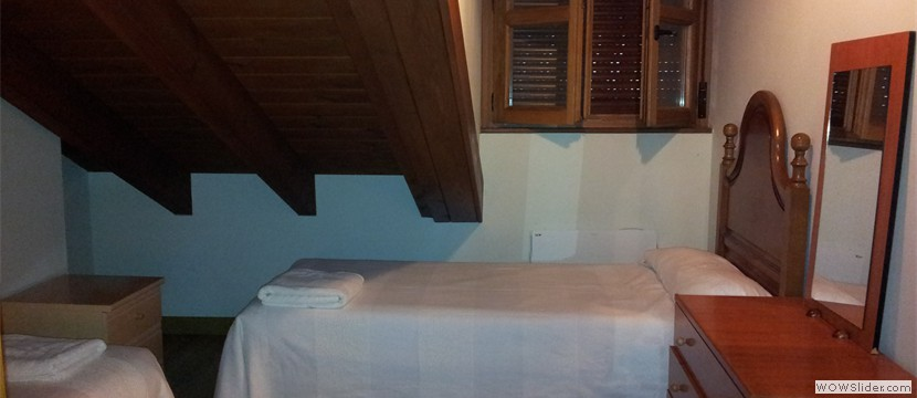 vallanu-apartamento-cares-habitacion-doble