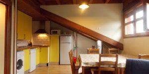 Salon y cocina apartamento Carres